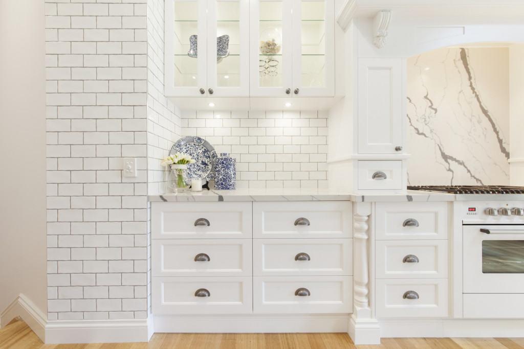 kitchen tile detailing
