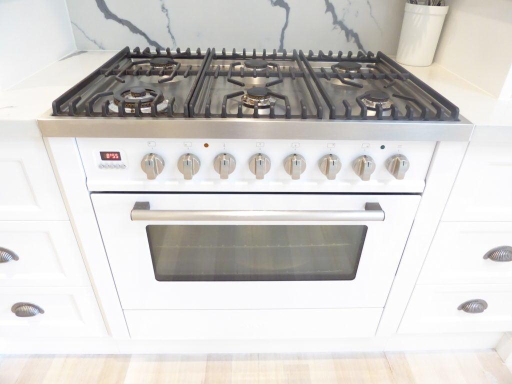 ilve 90cm cooker kitchen