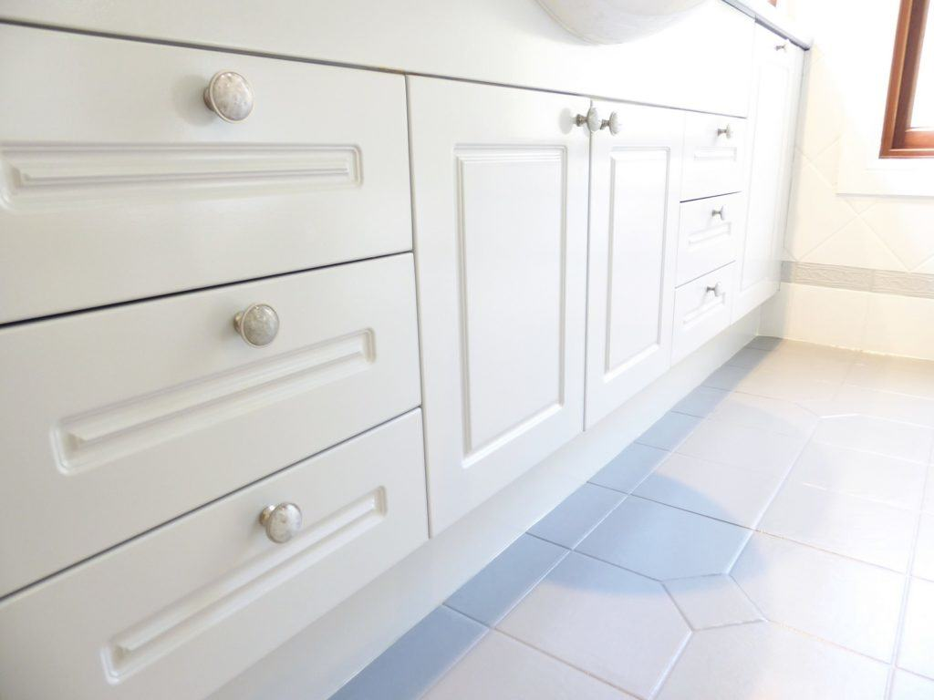 kids bathroom makeover completed cabinetry and knob detail