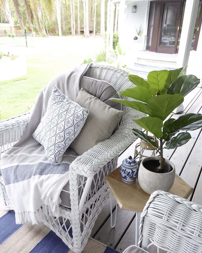 verandah outdoor lounge side table and chair detail