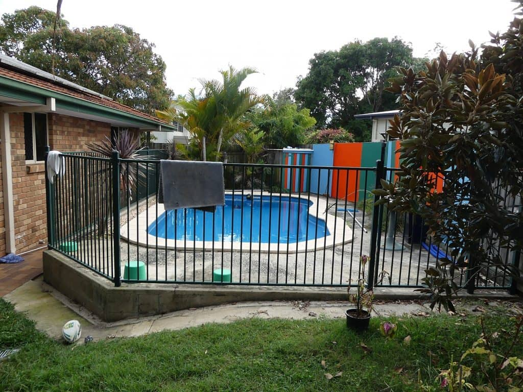 Tewantin backyard before renovation
